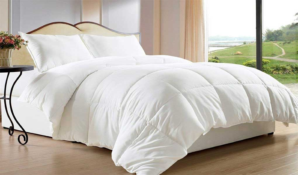 Clara Clark Alternative Goose Down Comforter