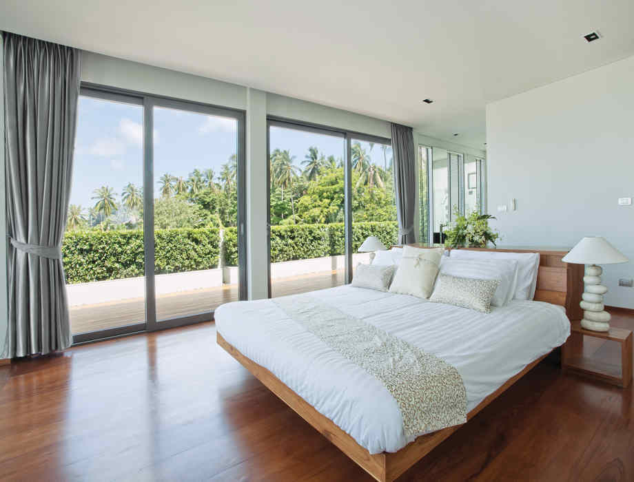 platform bed has available style
